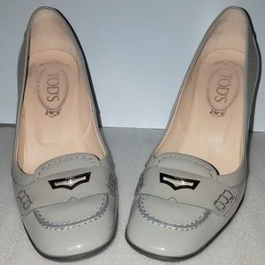 TOD'S Grey Patent Penny Loafer Pumps